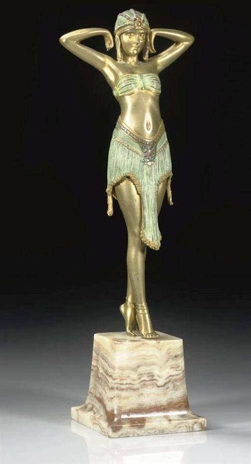 Dançarina de Bronze Dourado by Demetre  Chiparus -  1025