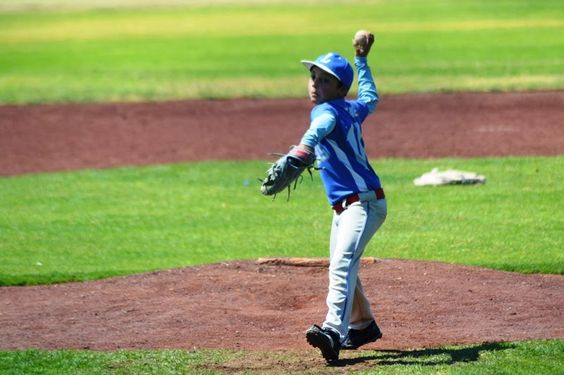 Juegos amistoso en la Liga Pequeña Ferrocarrilera de Béisbol ~ Ags Sports