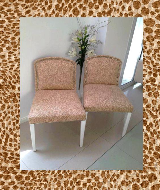 """¡Mirá estas sillas clásicas renovadas con nuestro género """"Quimera""""! ¿Qué te parecen? Sumate al #animalprint"""