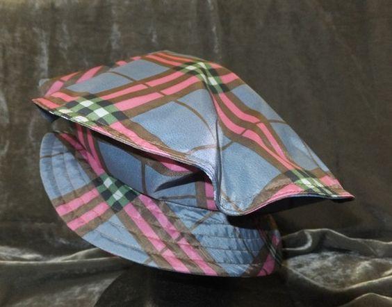 梅雨のシーズンです。レインハットです素材   雨傘用布地サイズ  58cmブリム巾 前 5cm   後ろ 4cm|ハンドメイド、手作り、手仕事品の通販・販売・購入ならCreema。