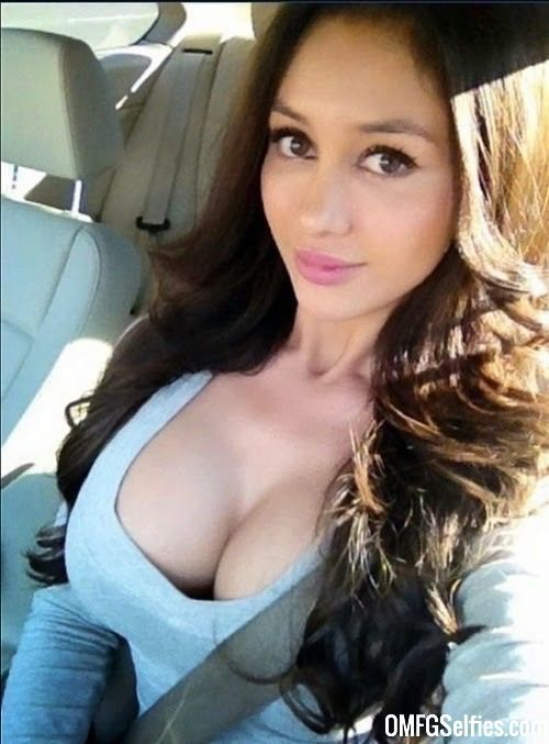 Big tits pantyhose pics