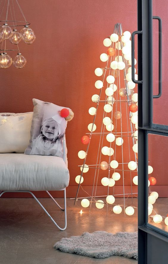 These Alternatives To The Tree Will Give You Ideas For Your Christmas Decor images 7