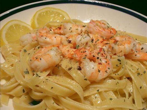 Seafood Linguini With White Wine Sauce | Recipe | Scallop pasta ...
