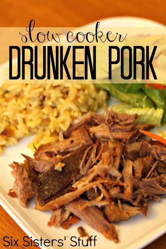 Slow Cooker Drunken Pork on MyRecipeMagic.com #slowcooker #pork #sixsistersstuff
