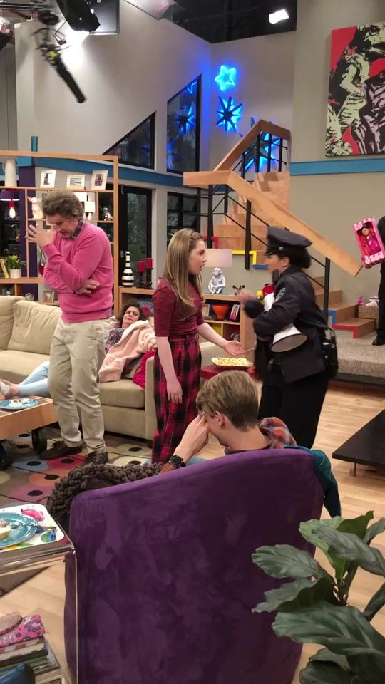 Ella Knows How To Make An Exit Henrydanger Mikecaron Director Behindthescenes Nickelodeon Di 2021