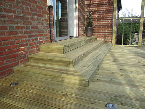 how to build 3 sided deck stairs