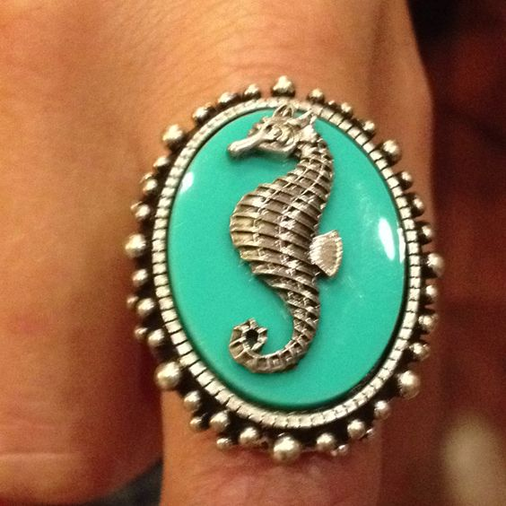Seahorse Ring. Download the #FashEngage iPhone App in the iTunes App Store!