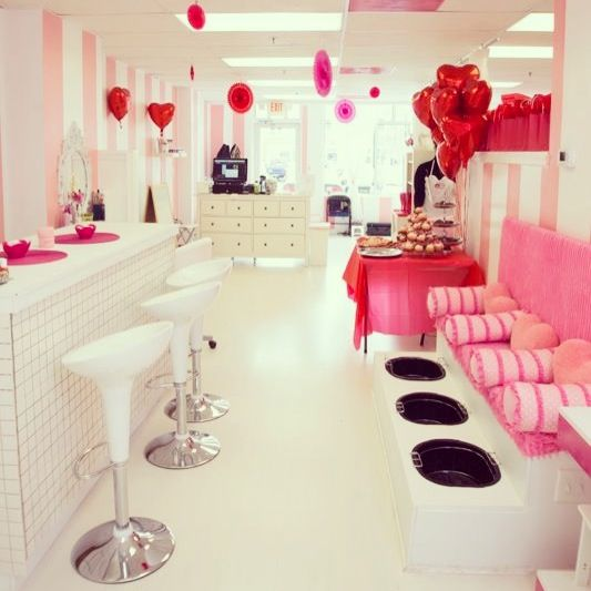 Kids Spa http://www.sassyprincessspa.com  for girls ages 3-13!  Mobile spa parties and a physical children's spa just for girls! NYC, DC area and Orlando, FL