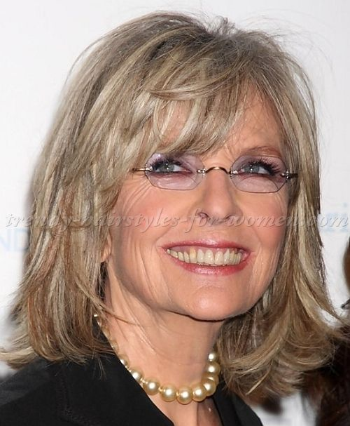 Medium Hairstyles Over 50 Diane Keaton Layered Bob Hairstyle Hair And Beauty Pinterest Shoulder Length Bobs