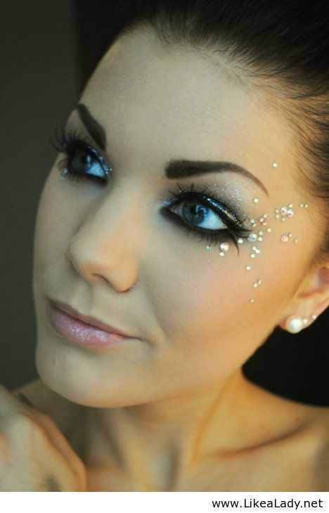 Pretty jeweled make up look. Love this for costume makeup. It looks awesome on Stage-Tess