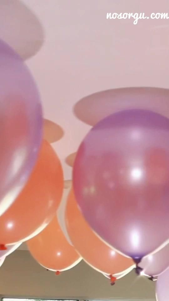 Making Balloons Float Without Helium Partytimeeeeee Partytimee Decorater Decorate Balloons Balloonfloat Celebrate Diyba In 2020 Balloon Diy Balloons Diy Deco