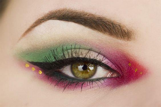 Sailor Pluto inspired makeup by http://thebeautyinspirations.com/2016/02/sailor-pluto-makeup-blogparade/