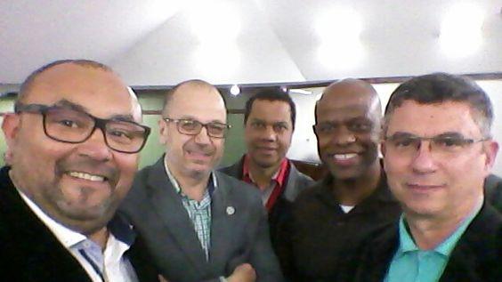 Assembleia Legislativa do Rio Grande do Sul em Porto Alegre, RS Com Álvaro,  Vinicius, Marcellus e Breno