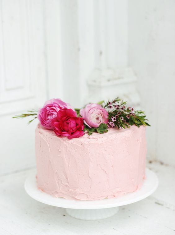 """Floral Baby Shower - Fresh Flower Cake @Matt Valk Chuah Merrythought """"Beautiful cake for any occasion"""". Reign"""