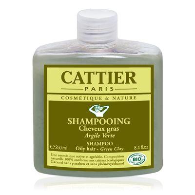 Le Shampooing Cattier à l'argile verte purifie le cuir chevelu. L'argile verte absorbe l'excès de sébum et élimine toxines et impuretés. Riche en protéines de blé de composition proche de celle des protéines de kératine des cheveux, il nourrit et fortifie les cheveux dès la racine et facilite leur démêlage. Des huiles essentielles et de l'eau florale de lavande bio, sélectionnées avec le plus grand soin, ont été ajoutées pour parfaire le lavage et parfumer délicatement les cheveux.