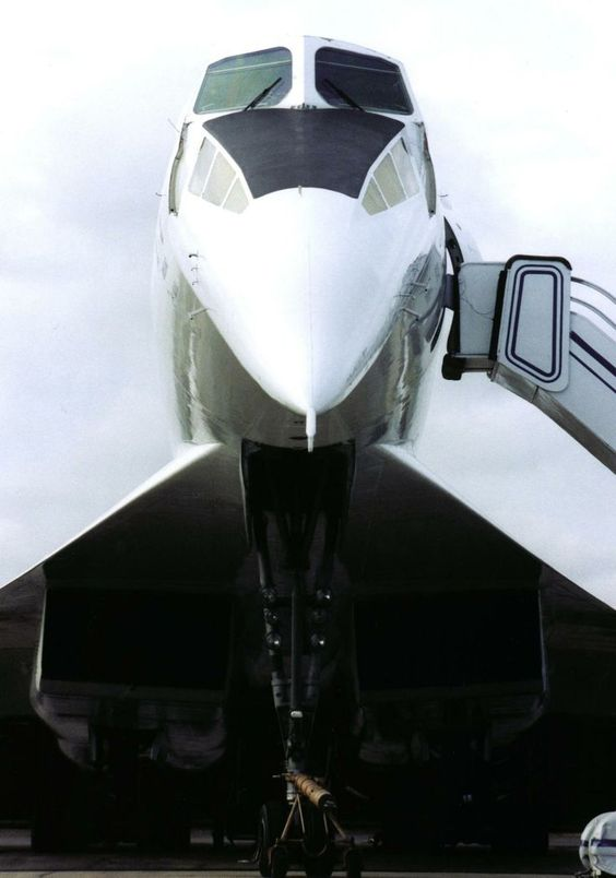 "Tupolev Tu-144: ""Looking Down."""