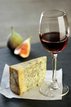 Colston Bassett Stilton and Red Wine Gift Set
