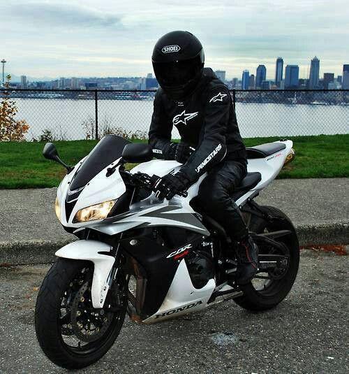 Honda CBR i wana ride