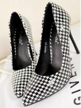 Houndstooth cusp thin with all matching high heel shoes $ 12.90