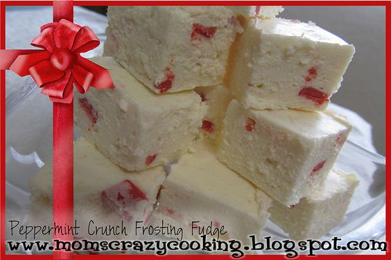 Peppermint Crunch Frosting Fudge
