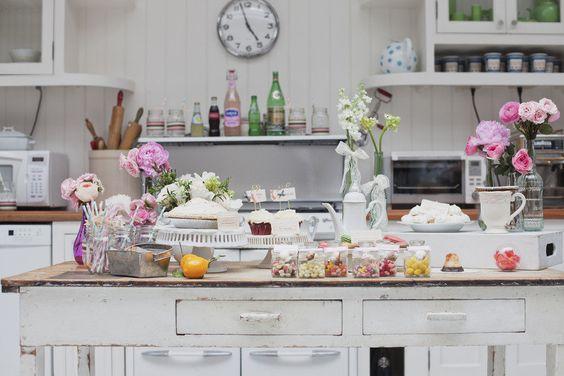 Shabby charming kitchen!