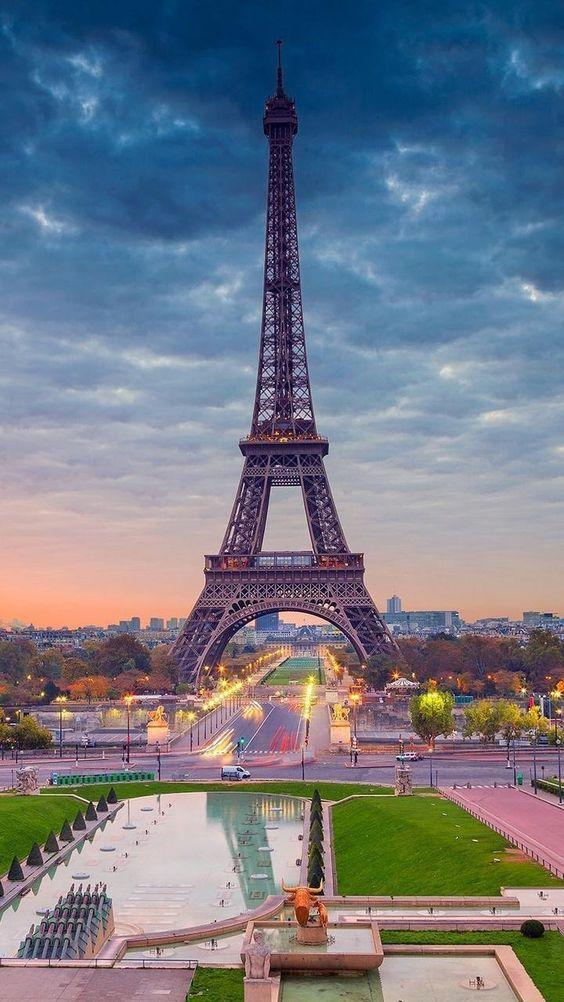 Robert Couturier The Incredible Interior Design Eiffel Tower Photography Paris Wallpaper Paris Wallpaper Iphone