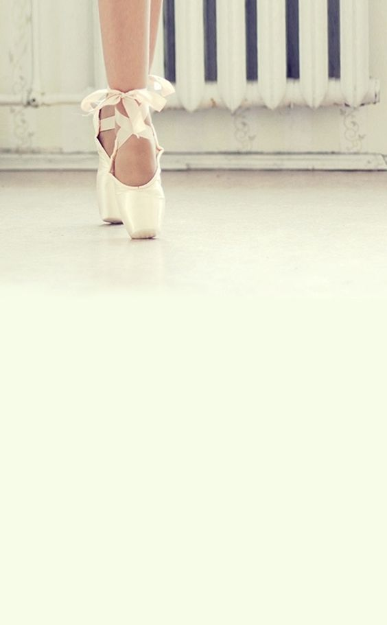 Ballet shoe wallpaper.