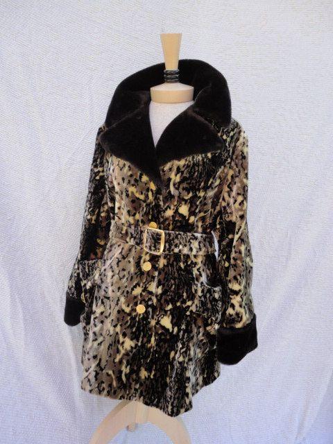60s Coat // Vintage 1960s Leopard Print Velvet Coat with Faux Fur Trim M