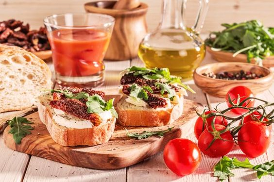 Mediterranean diet linked to reduced risk of CVD