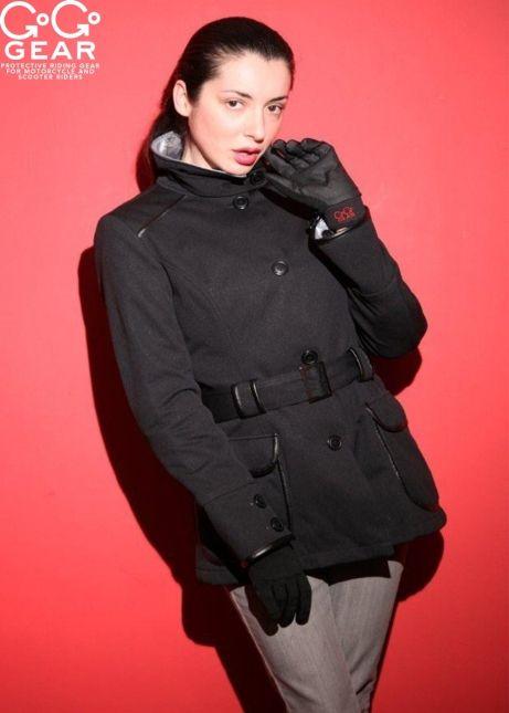 """Coco Chanel sagte: """"Mode verblasst, nur der Stil bleibt der gleiche."""" Die stets modische """"Military""""-Jacke ist der Beweis, da sind wir uns einig."""