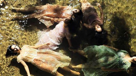 ELENA, 2012 - Dirigido por Petra Costa. Elenco: Petra Costa. Gênero: Documentário/ Drama. País de origem: Brasil.