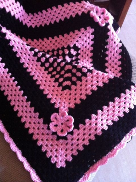 Crochet baby blanket (scarlette - named after the child it was originally made for :p) pink and black #handmade