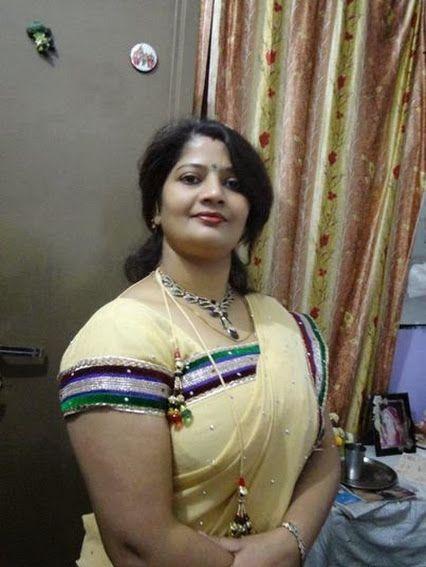 Aunty Ka Ladka Jo 18 Saal Ka Hai Mara Bhoot Accha Dost Hai Hum Don Ak Sath Video Game Kahlth Hai -7587