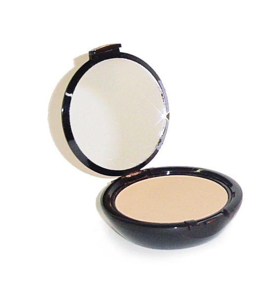 Starlight is a medium-toned Pressed Powder, lighter than Candlelight, but darker than Moonlight.
