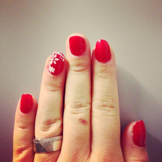 #need #nails #nailart #naildesign #nailstyle #ididit #prettynails #photooftheday #beautiful #bestnails #bestoftheday #red #rednails #sexynails #artisticnails #favoritenails #güzellik #gorgesnails #ig_planet #instagram #instalike #instanails #ig_fotogramers #süper #styleco #stylenails