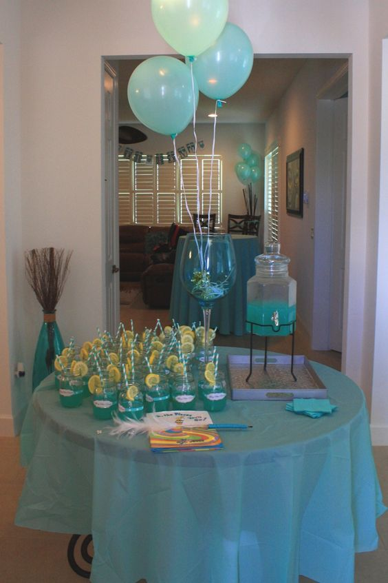 Tiffany party blue punch and ideas baby showers on pinterest for Baby welcome party decoration ideas