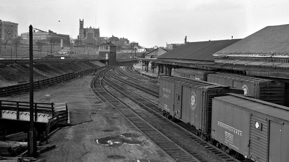 SP, Providence, Rhode Island, 1952 Southern Pacific train in freight yard in Providence, Rhode Island, 1952. Photograph by Leo King, © 2016, Center for Railroad Photography and Art. King-06-001-002
