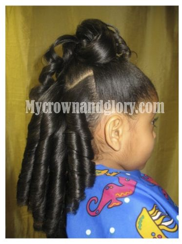 Combination of ponytail and curls.  Pinned from www.mycrownandglory.com