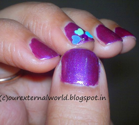 #NailArt for #shortNails using #Maybelline Colorama Artistica - ROXO METALICO