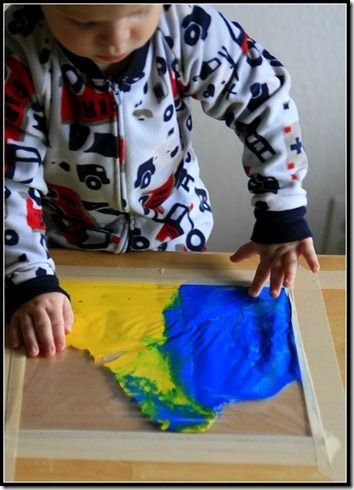 zip lock bag painting- fun for the kids: