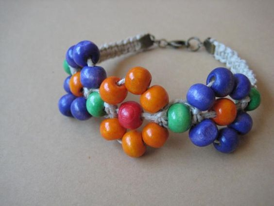pandahall.com - use pearls or glass beads with a bicone in the middle