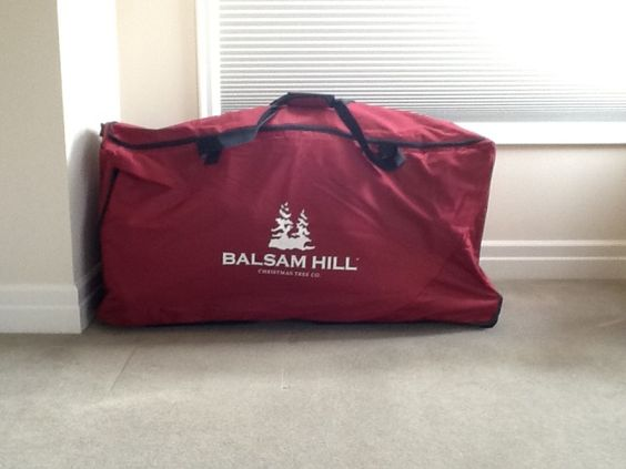Keep your tree safe and secure with Balsam Hill's Storage Bag.: Organizing Tips, Christmas Stuff, Christmas Decorations, Tree Safe, Holiday Organizing