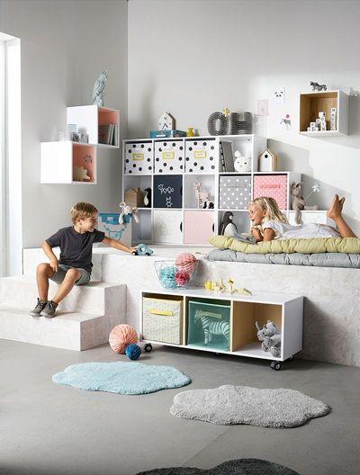 meuble de rangement 6 cases en escalier blanc taupe vertbaudet enfant chambre lucas. Black Bedroom Furniture Sets. Home Design Ideas