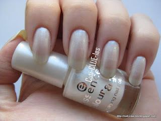 Cuti-CLUE-les: Essence Sparkling water lily nail polish swatch: