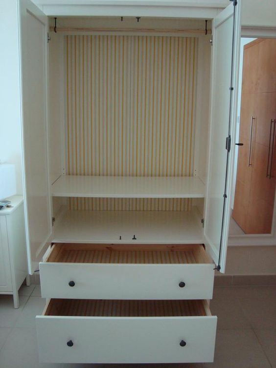 inside the ikea hemnes wardrobe 1 clothes rail 1 shelf product dimensions width 43 1 4. Black Bedroom Furniture Sets. Home Design Ideas