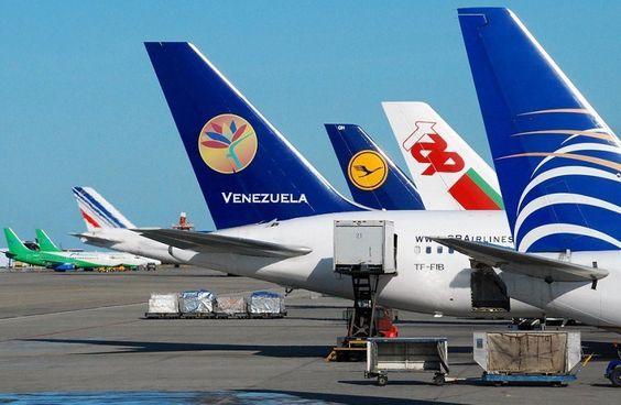 Vuela el negocio aéreo En un verdadero juego de ajedrez se ha convertido el negocio aéreo en el continente. Alianzas y compras apuntan a su consolidación  Twittear  http://wp.me/p6HjOv-2IF ConstruyenPais.com