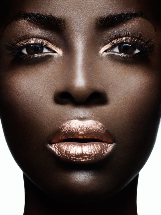 Dark skin and metallics- striking!