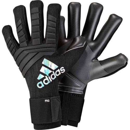 Adidas Predator Pro Keeper Gloves In All Black Buy A Pair From Www Soccerpro Com Goalkeeper Gloves Keeper Gloves Goalkeeper