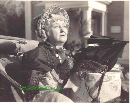 """Laura H Crews as Aunt PittyPat.    """"Yankees in Georgia! How'd they ever get in?"""":"""