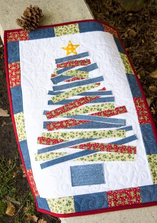 (7) Name: 'Quilting : Blue Jean Christmas Tree Wall Hanging